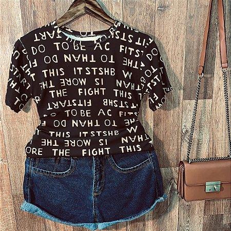 T-shirt Podrinha Letras Black