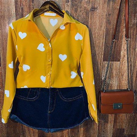 Camisa Heart e Botões Encapados Sarah Mostarda