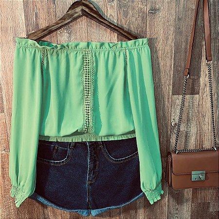 Blusa Ciganinha Cropped com Guipir Verde