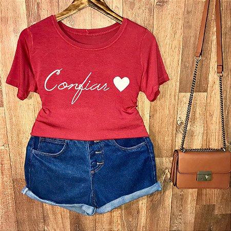 Camiseta Confiar
