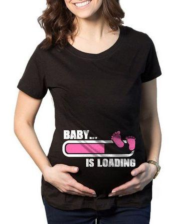 Camiseta Feminina De Gestantes Grávidas Engraçadas Baby Is Loading Menina-  Personalizadas  Customizadas  Estampadas 05e583e793687