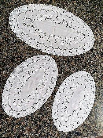 Jogo de Toalhas Plásticas Rendadas 06 peças Oval [Branco]