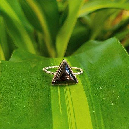 Anel Aberto Triângulo em Prata 925 e Ônix