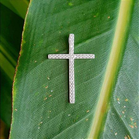 Pingente Crucifixo em Prata 925 e Zircônia