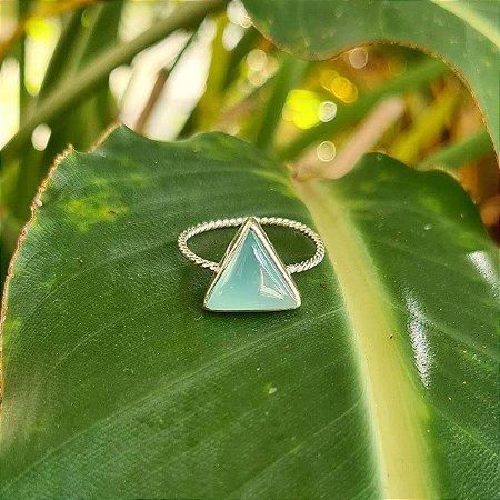 Anel Triângulo em Prata 925 e Calcedônia