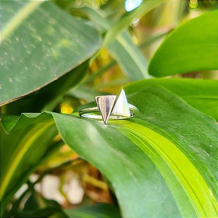 Anel Triângulos em Prata 925