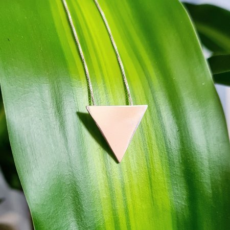 Corrente com Pingente Triângulo em Prata 925