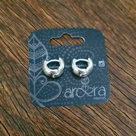 Brinco Argola Pequena com Fecho Click em Prata 925