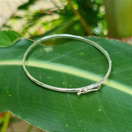 Bracelete Liso com Fecho em Prata 925