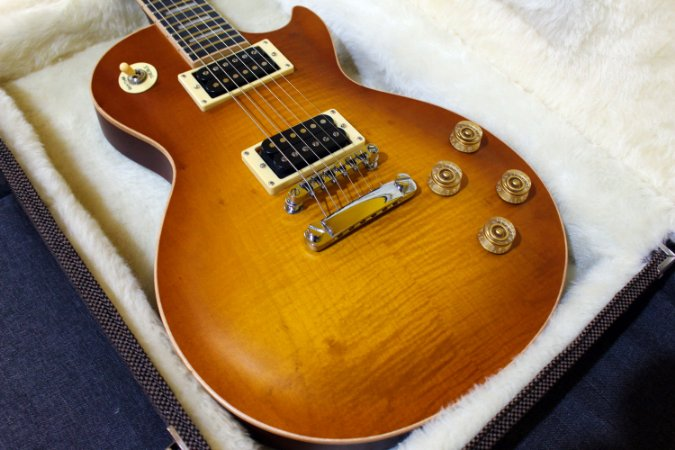 Guitarra SGT LE Standard Honey Burst - PRONTA ENTREGA (semi-novo)
