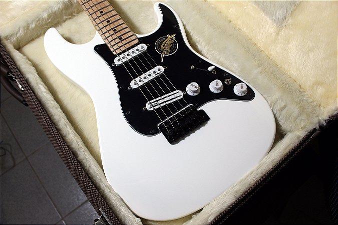 Guitarra SGT ST Modern White - PRONTA ENTREGA