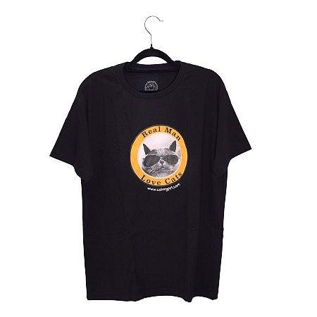 Camiseta Preta Real Man Love Cats