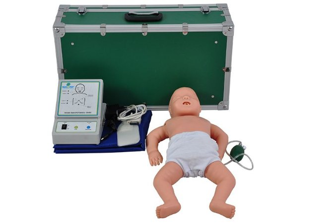 Manequim Bebê para Treino DE RCP (Reanimação Cardiopulmonar)