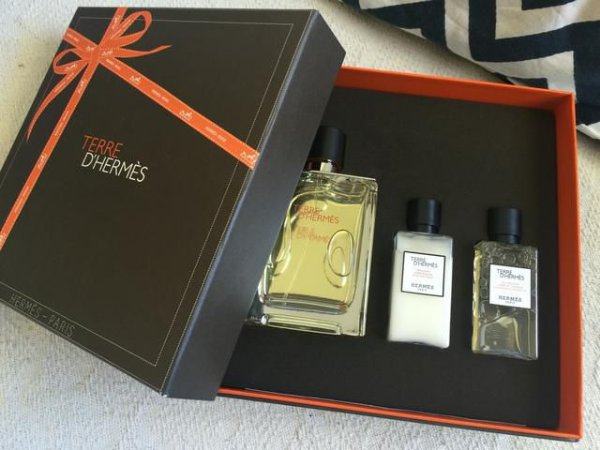 Kit Terre D' Hermès Toilette 100 Ml + After Shave 40ml + Gel 40 Ml