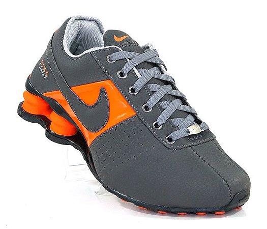 850a4929288 Tênis Nike Shox Deliver Cinza com Laranja - PLG Import