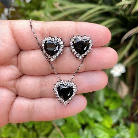 Conjunto coração pedra preta e cristal
