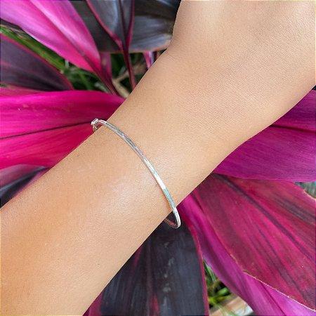 Bracelete rígido liso em Prata 925