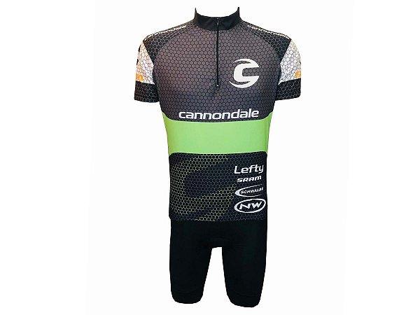 Conjunto Ciclismo Bermuda com Bolso e Camisa Cannondale