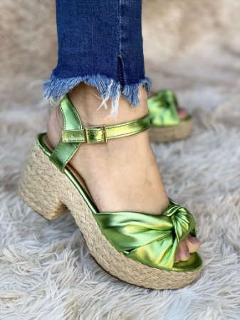 Sandália Verde Metalizado Nó
