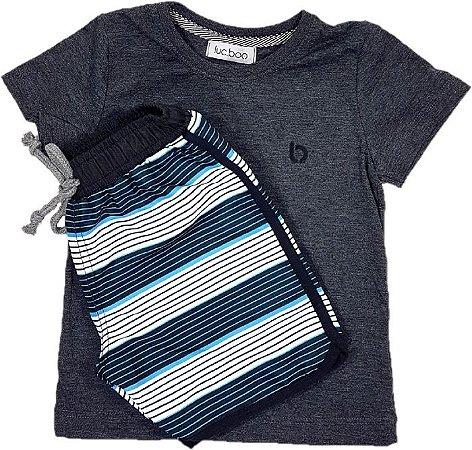 Conjunto Infantil menino camiseta meia malha com estampa nas costas e  bermuda de nylon com listras 3ee46b6f19a