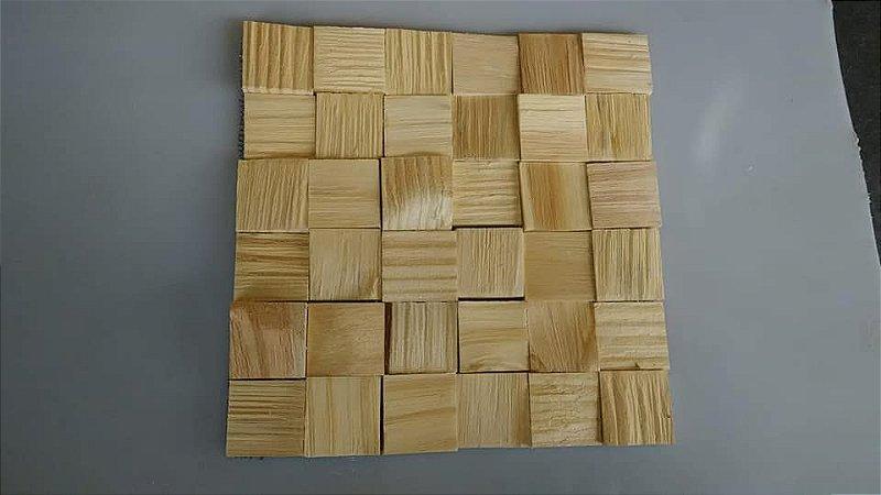 Mosaico 3D em Pinus peça 30x30cm para revestimento de parede