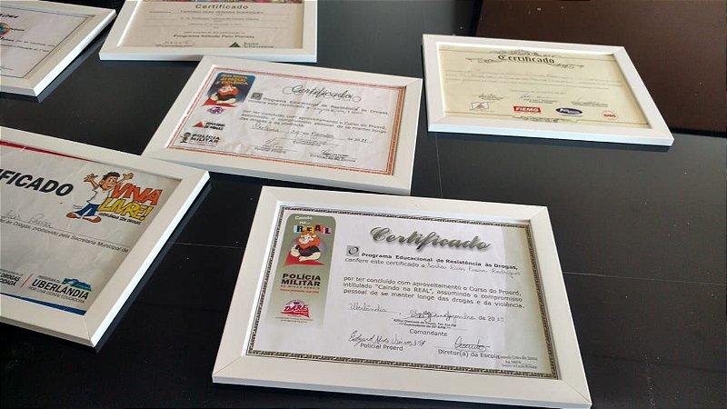 Moldura Para Diploma Certificado A4 Com Fundo