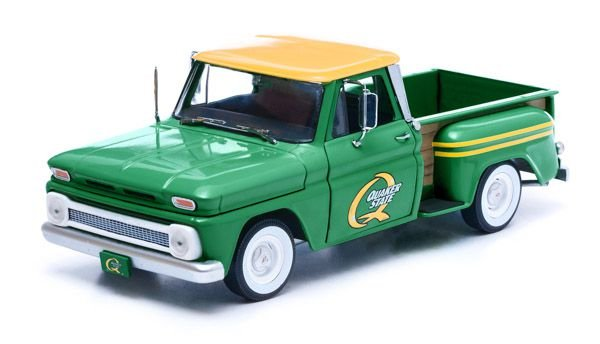 1965 CHEVY PICK UP C-10 QUAKER STATE1/18