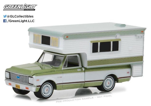 1972 CHEVY C10 CHEYENNE WITH LARGE CAMPER 1/64