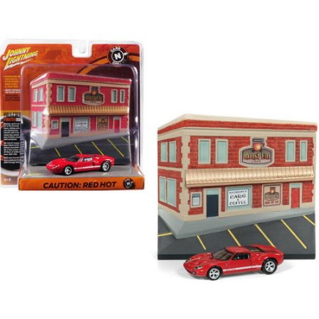 JOHNNY LIGHTNING BARN FIND CARS DIORAMA 1/64