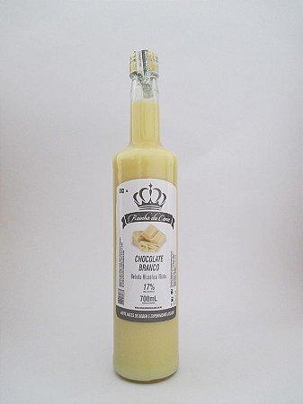 Licor de cachaça sabor chocolate branco - rainha da Cana - 700 Ml