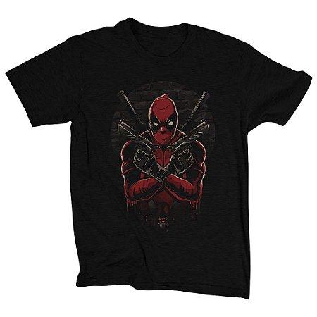 Camiseta Unissex Chaotic Hero