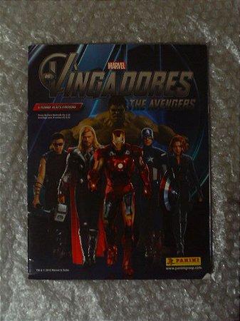 Álbum de Figurinhas - Os Vingadores Marvel