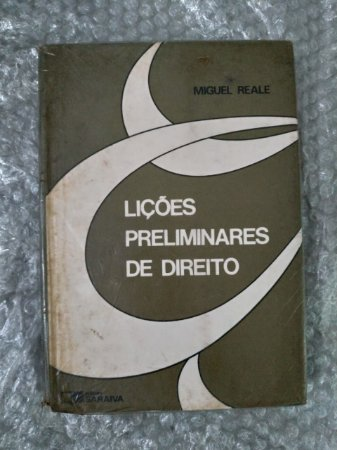 Lições Preliminares de Direito - Miguel Reale (marcas de uso)
