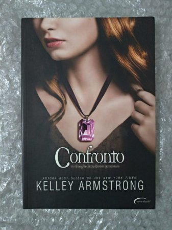 Confronto - Kelley Armstrong