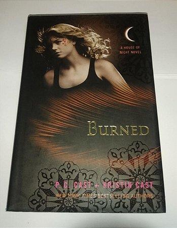 Burned - P. C. Cast - A house of night Novel - Em inglês