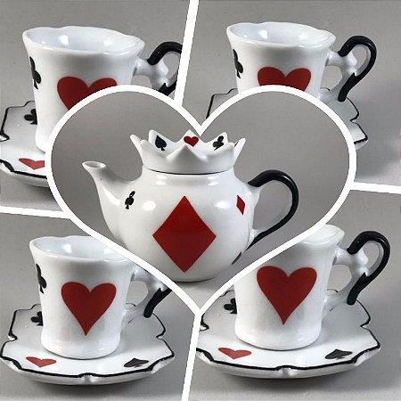 Kit Alice no Pais das Maravilhas - 5 peças - Bule coroa + 4 xicaras com pires