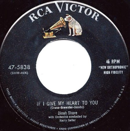COMPACTO  -  Dinah Shore - If Give My Heart To You  /  Tempting (EUA)