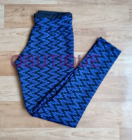 Calça Legging Texturizada Azul Royal com detalhes na cor Preta
