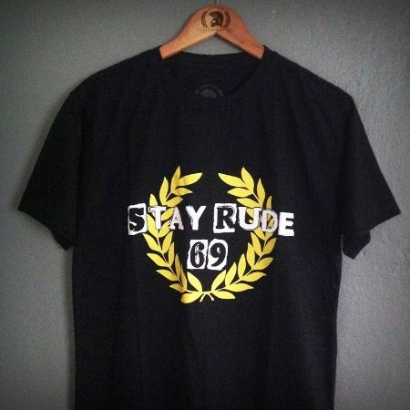 Camiseta Stay Rude 69