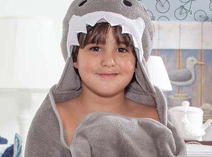 Manta Roupão Intantil com capuz Tubarão