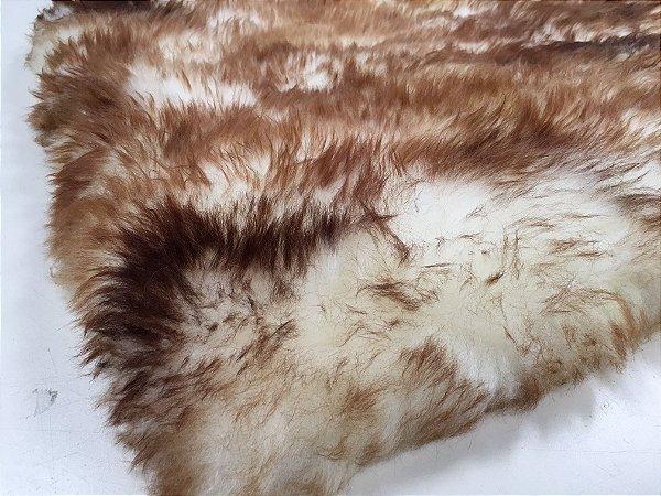 Tapete pele de carneiro legítimo - Muito macio - Cor bege chamuscado - 0,50 x 2,20 metros