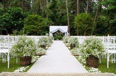Passadeira Carpete 2m Largura Branco Para Casamento, Festas 5 Metros de comprimento