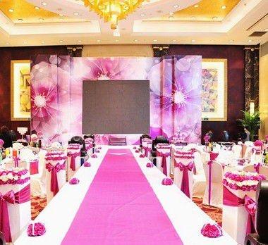 Passadeira Carpete 2m Largura Rosa Para Casamento, Festas 10 Metros de comprimento