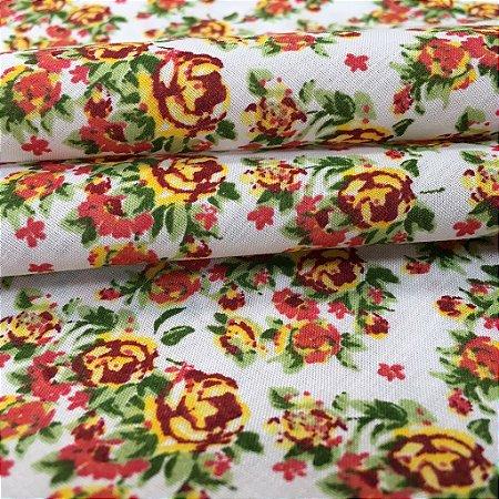 Tecido Tricoline Chita Patchwork Mini Floral Amarelo, Vermelho e Verde Fundo Verde Branco - Gramado 52
