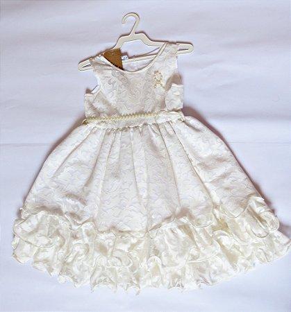 Vestido em renda infantil