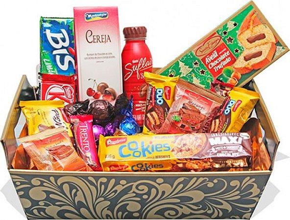 Cesta de Chocolate com Bolo, Achocolatado, Chocolates Nestlé, Trufas e Bombons