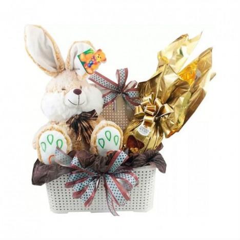 Cesta De Chocolate Com Ovo De Páscoa Ferrero Rocher e Coelho de Pelúcia