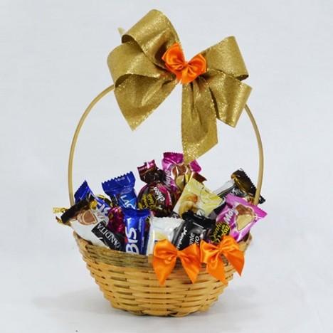 Cesta de Chocolate Presente Aniversário Para Namorados em Oferta