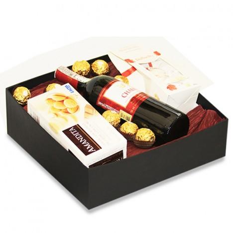 Cesta Especial Presente de Aniversário Namorada Vinho e Chocolates Finos