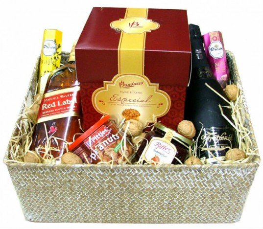 Cesta Natal - Super Luxo - Espumante, Whisky, Aperitivos, Chocolates - Catelândia